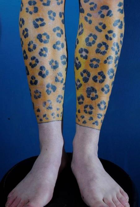 Artur Mrozowski - Jaguar Tattoo legs