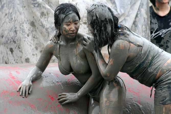 Bucket List - Boryeong Mud Festival girls