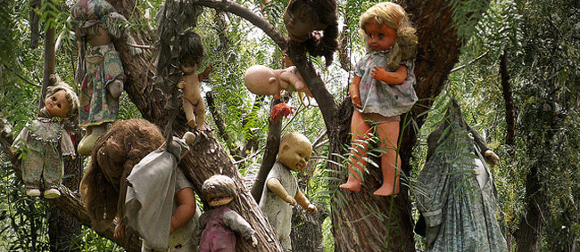 Bucket List - Doll Island Mexico creepy