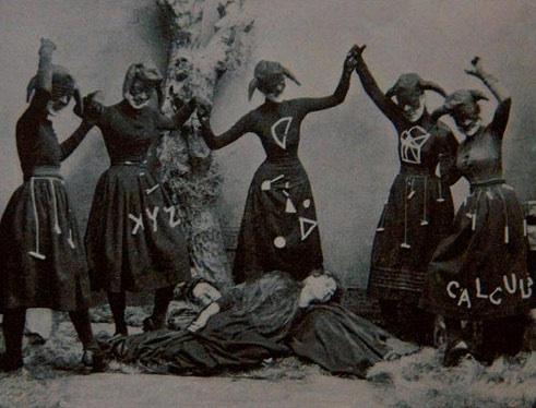 Creepy Old Photographs 11