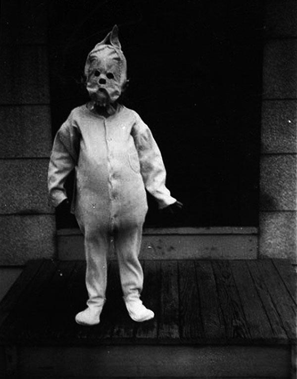 Creepy Old Photographs 7
