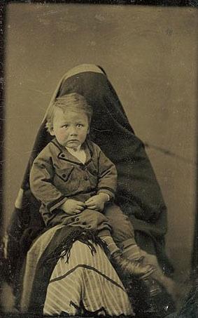 Creepy Old Photographs 8