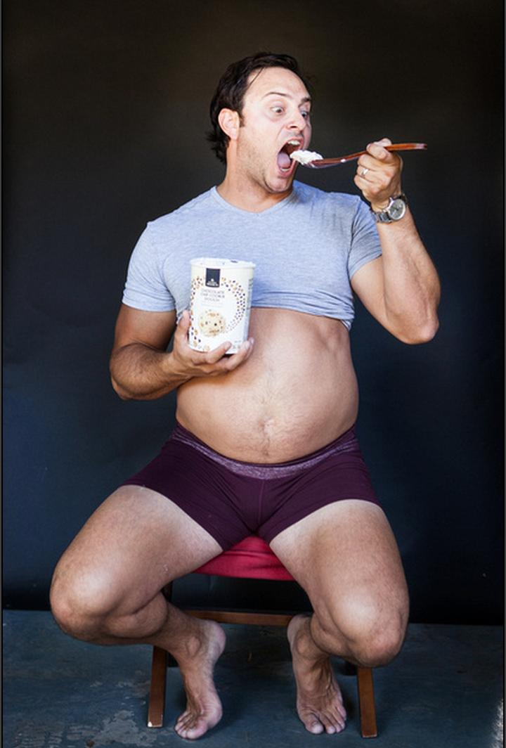 Guy's Maternity Pictures 3