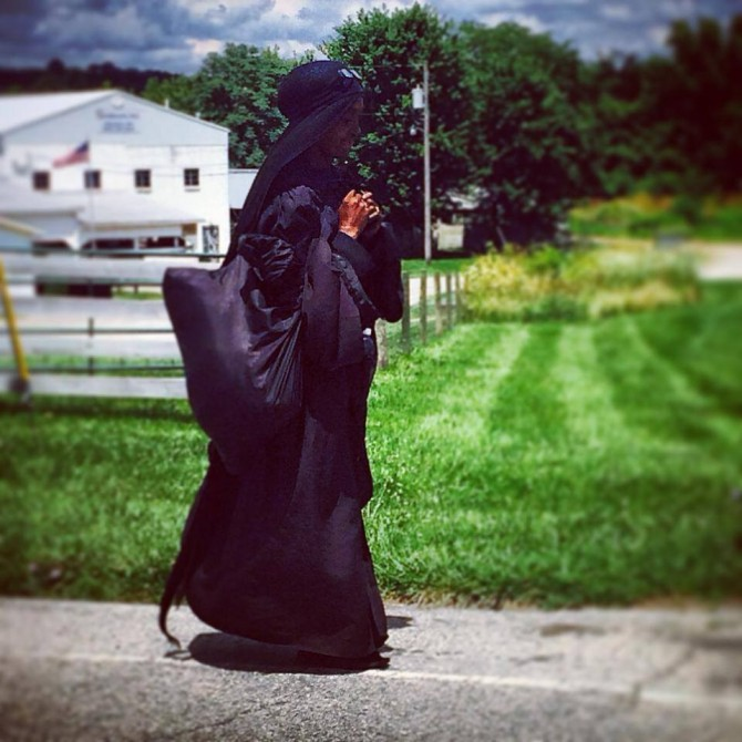 Mysterious Woman In Black 5