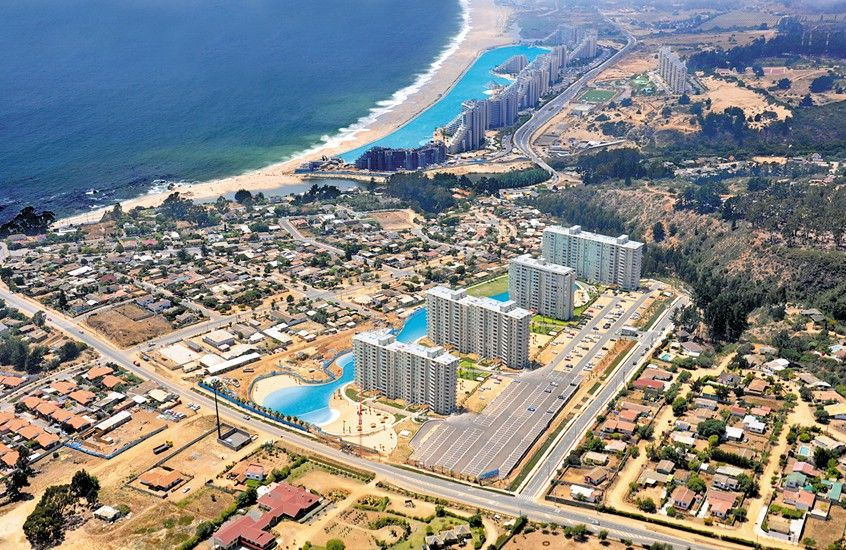 The World S Largest Swimming Pool Holds 66 Million Gallons