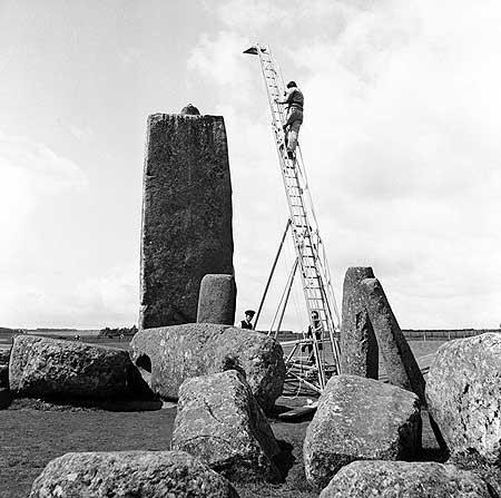 Stonehenge Built 1954 - ladder fix