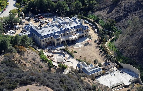 Mark Wahlberg Dream House 11