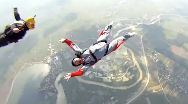 Skydiver Falling Death Spin