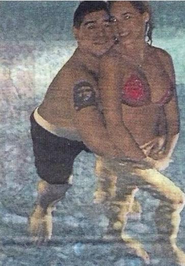 Diego Maradona 24 Year Old Girlfriend 2