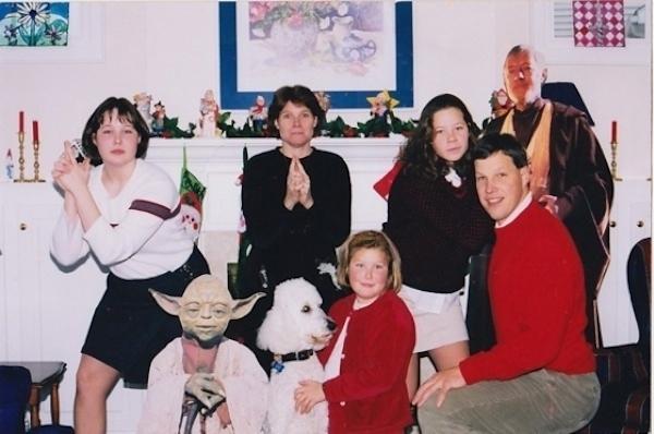 Awkward Christmas Family Photographs 18