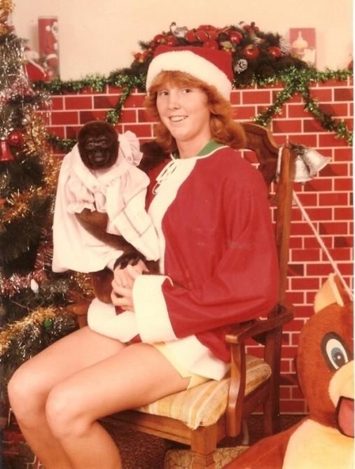 Awkward Christmas Family Photographs 6