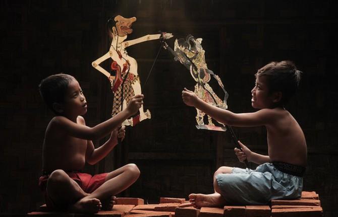 Herman Damar Indonesia - puppetry