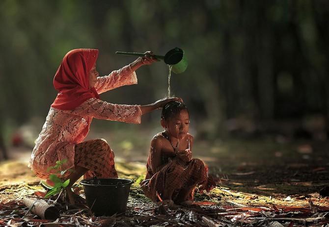 Herman Damar Indonesia - shower 2