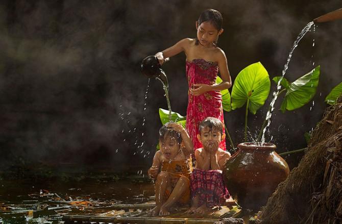 Herman Damar Indonesia - shower