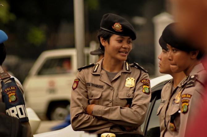 Indonesia-Police-Women - virginity test