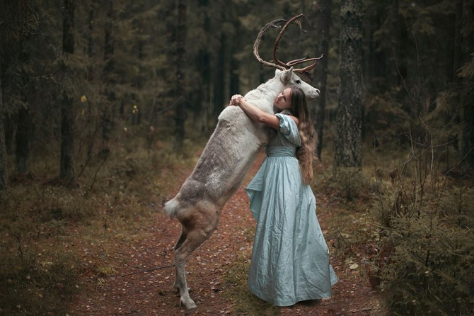 Katerina Plotnikova - Girl And Deer
