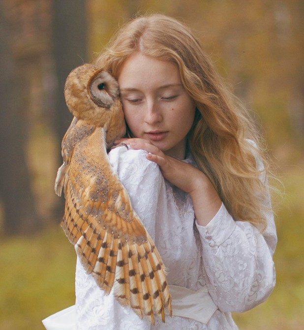 Katerina Plotnikova - Girl And Owl