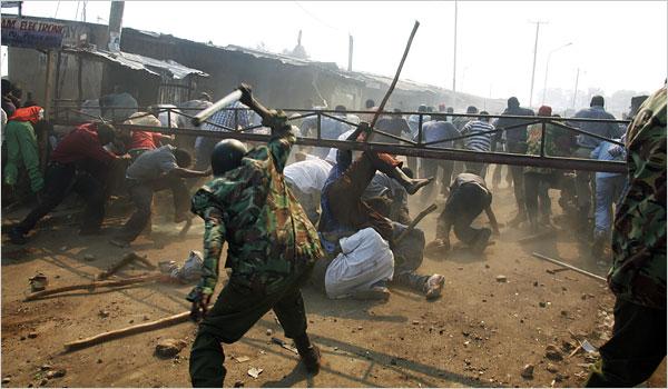 Kenya Riots 2007 mob