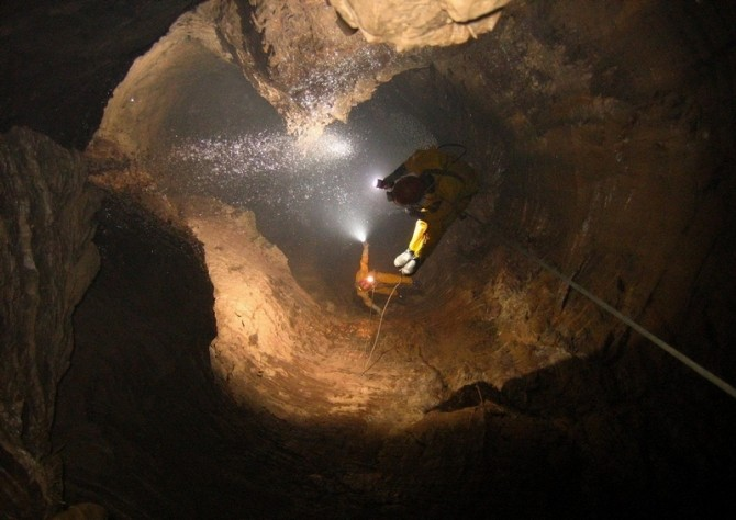 Krubera Cave - Georgia - Deepest descent 2
