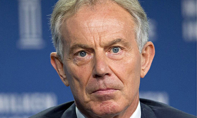Tony Blair Releases Awkward Christmas Card; Predictably Trolled On ...