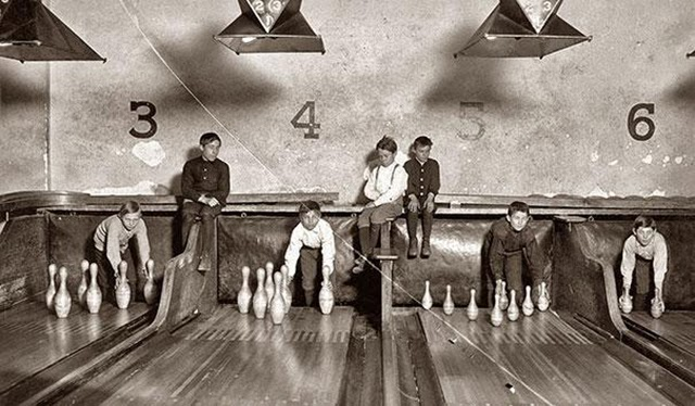 Jobs That No Longer Exist - Bowling Alley Pinsetter 2