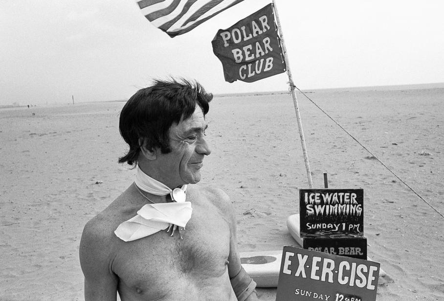 Shalmon Bernstein - Polar Bears 70th Anniversary - fella without ball