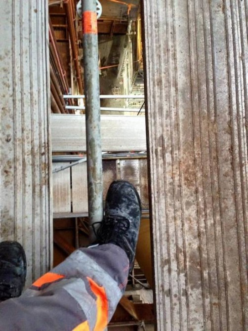 Danish Health And Safety Metro Electrician - Foot Fall
