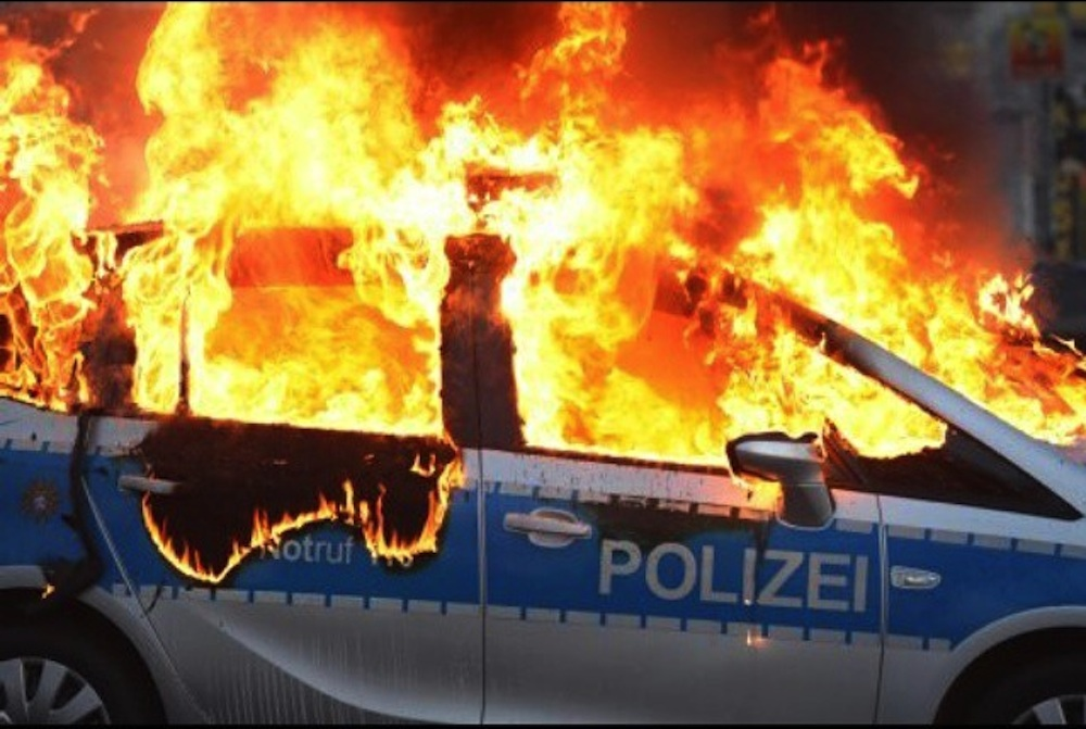 Frankfurt Riots Featured