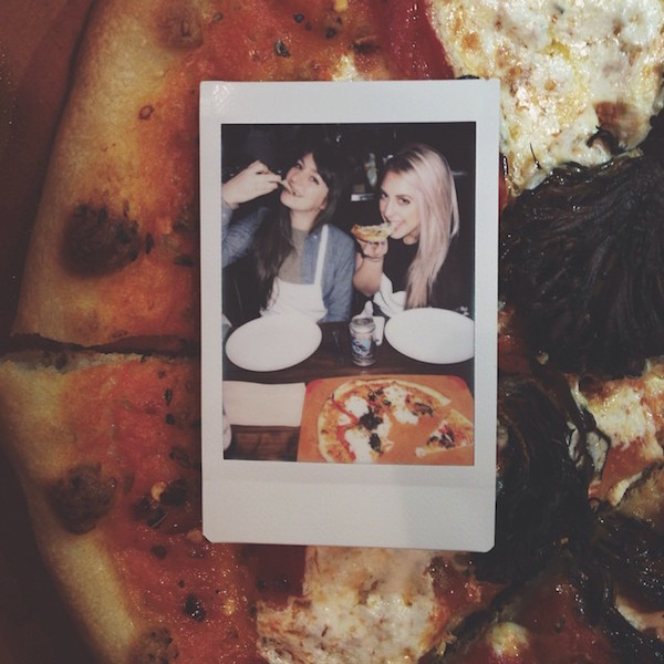 Hot Girls Eating Pizza 11