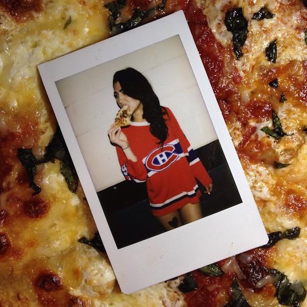 Hot Girls Eating Pizza 14