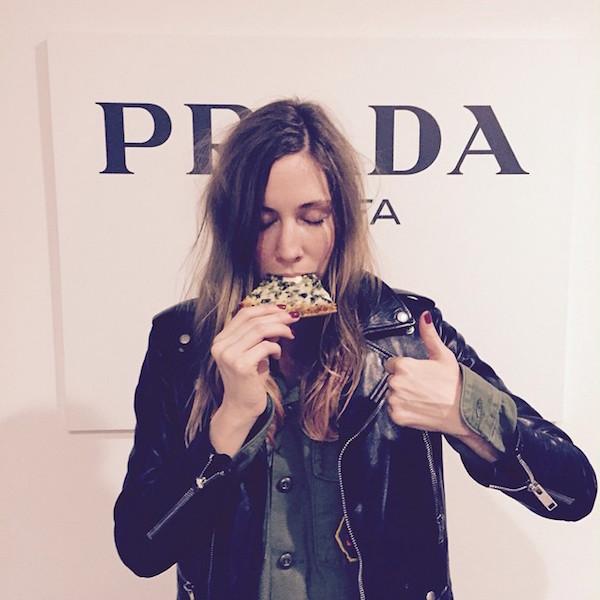 Hot Girls Eating Pizza 4