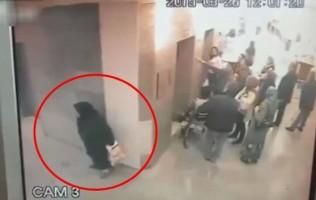 Woman Poo Busy Hospital Corridor