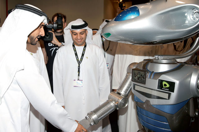 Fully Intelligent Robot Police Dubai 1