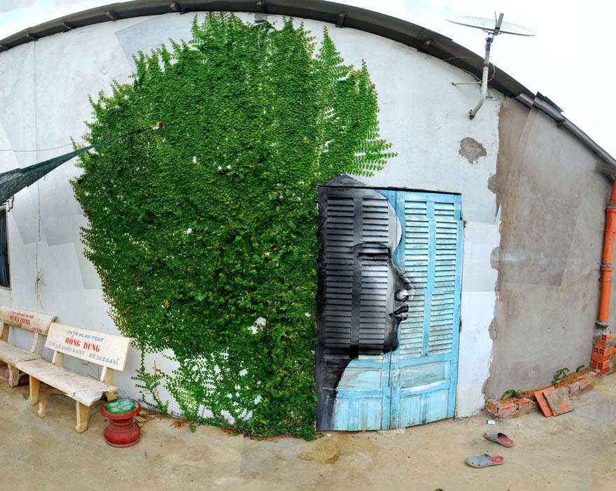 Street Art + Nature - 1 Afro