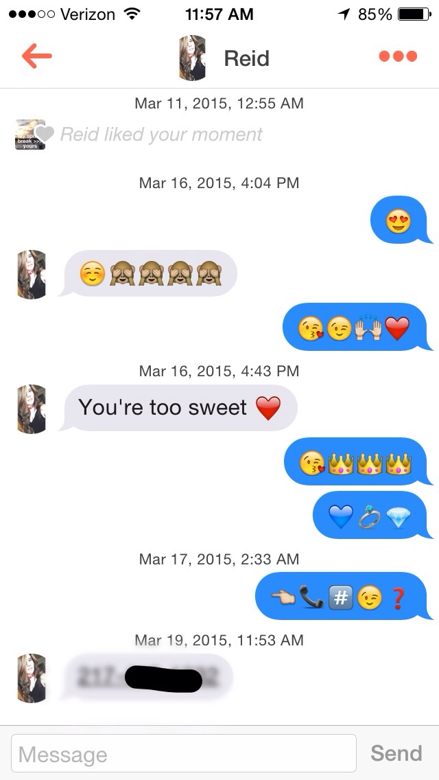 This Guy Just Got A Girl's Number On Tinder Using Only