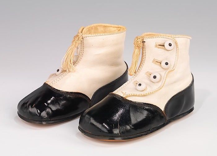 Produced from 1930-1939, attributed to Hurd Shoe Co.