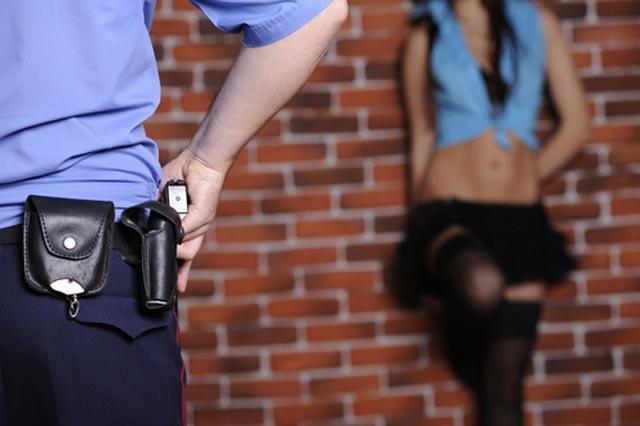 cop-and-prostitute