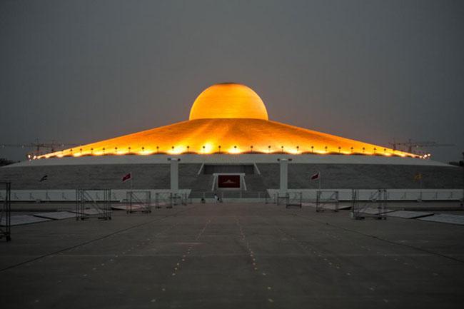 Buddhist Alien Temple