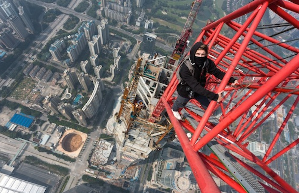 Russian Dudes Climb Tallest Building In World