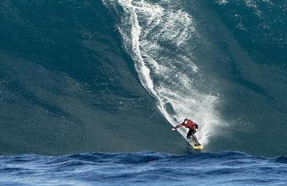 55 Foot Wave