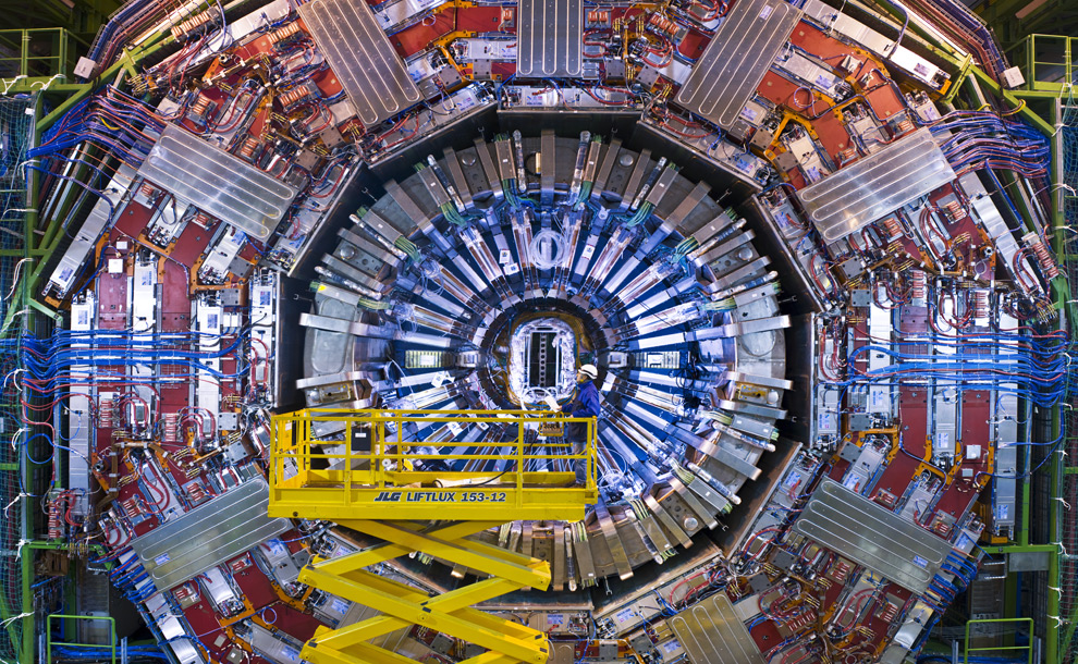 Quantum Time Travelling - LHC