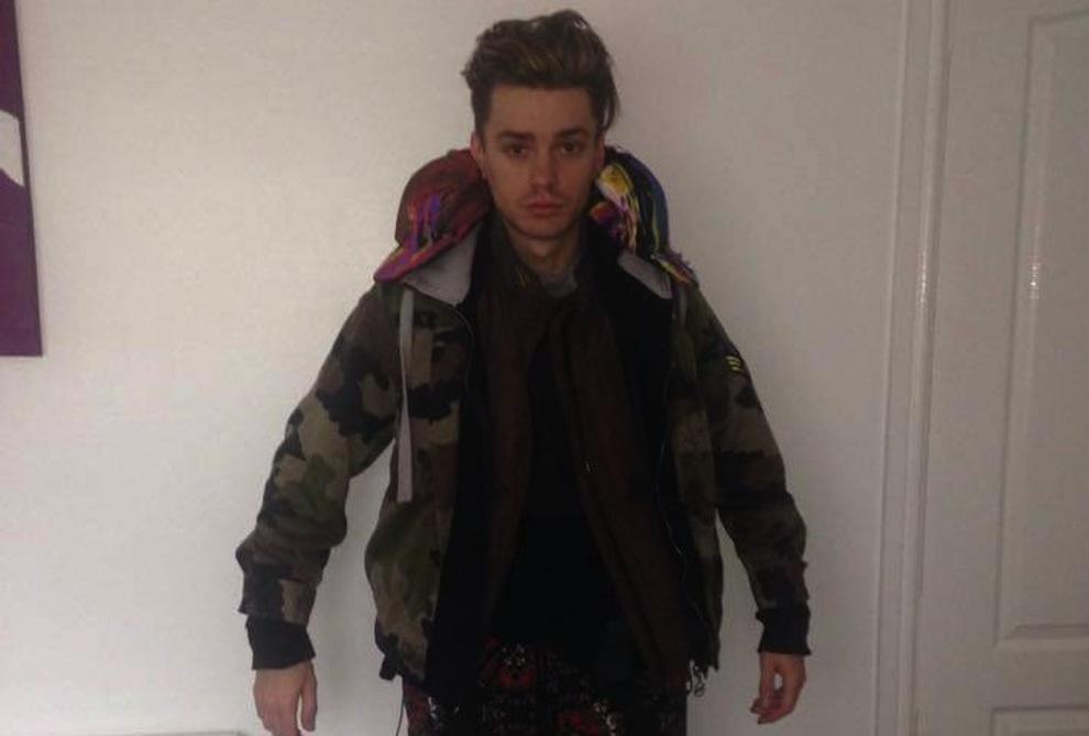 Boyband Singer Wears 12 Layers