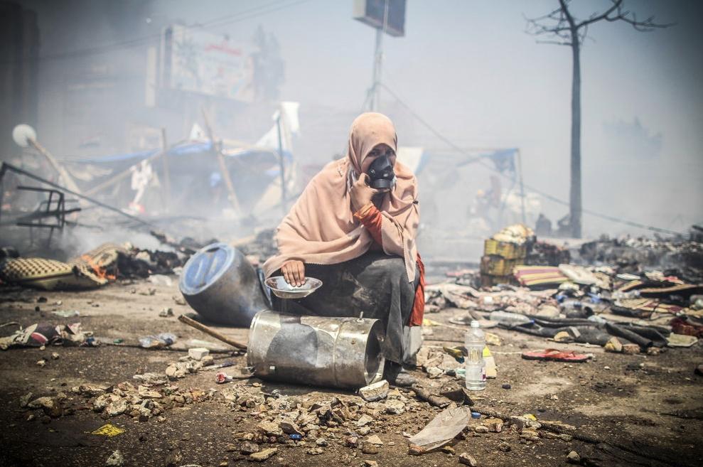 Mosa'ab Elshamy - 1 Gas Mask
