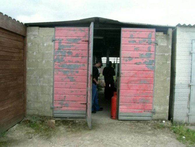 Garage Lock Up