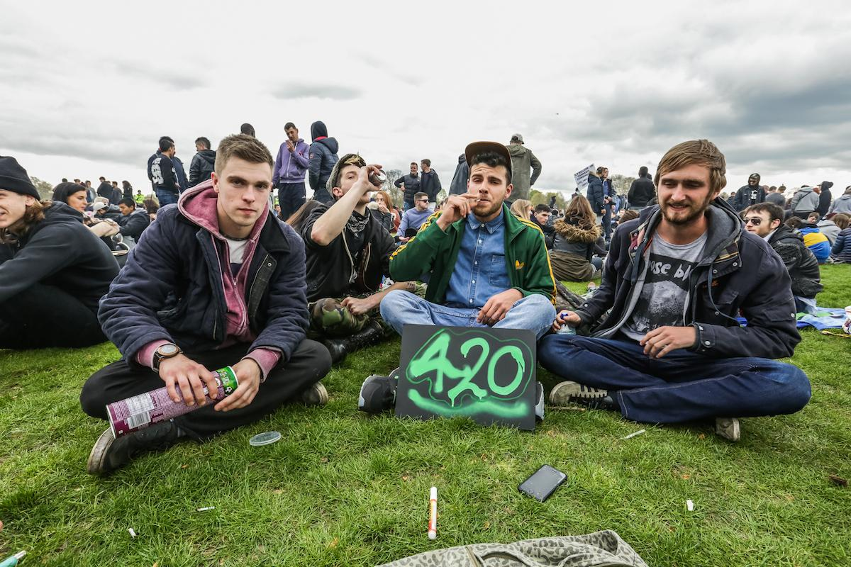 uk-legalisation-general-election-2015-420-1429527550