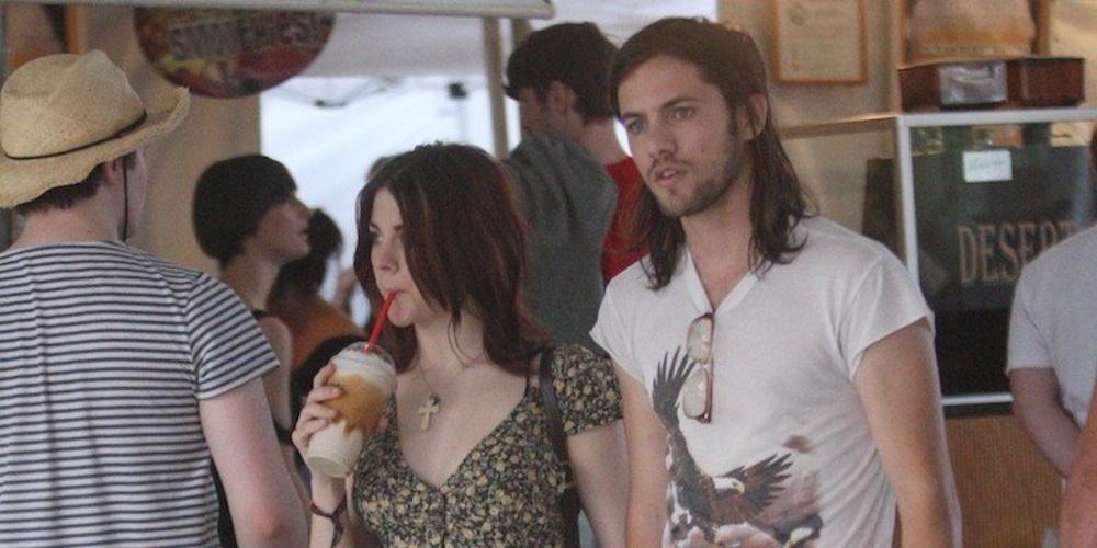 Frances Bean Marries Kurt Cobain Lookalike