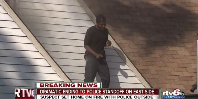 Man Dancing On The Roof Of His Ex Girlfriend S House After