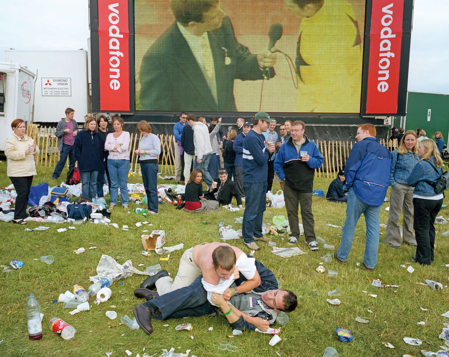 Alcohol And England - Field Fight