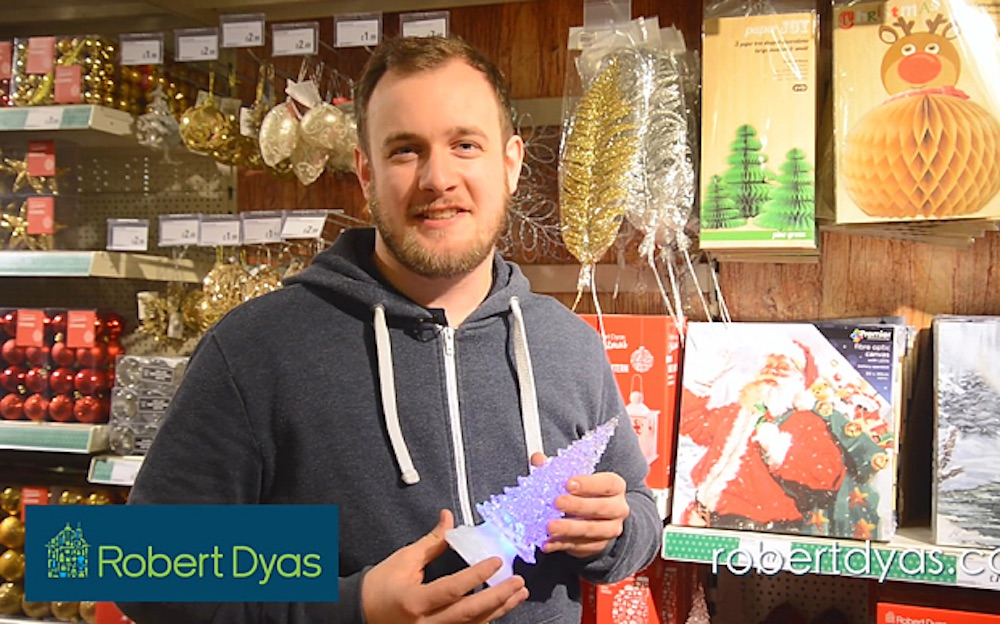 Robert Dyas Christmas Advert