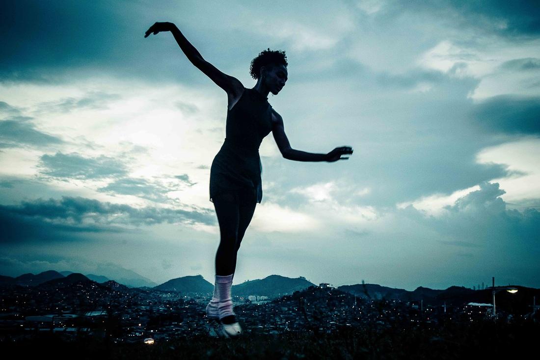 Sebastian Gil Miranda - Ballet by Night